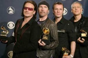 Рокеры U2 записывают новый альбом с лидером Coldplay Chris Martin