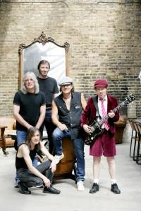 AC/DC даст 40 концертов в честь 40-летнего юбилея